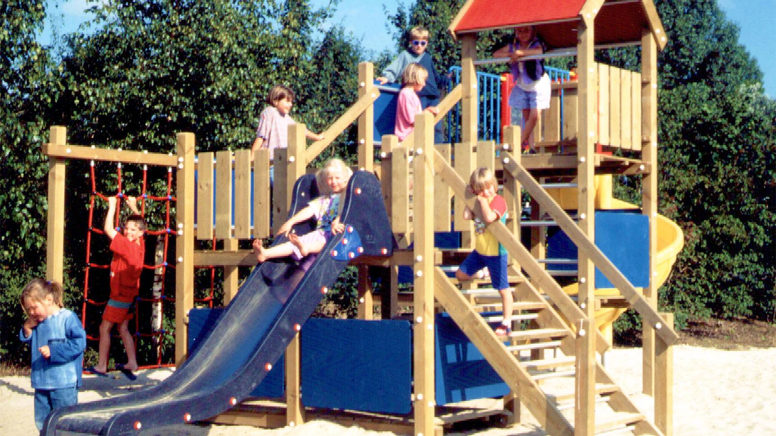 Wico Comfa - Houten Kasteel - Kinderhout - Speelhuis - Speeltoestellen